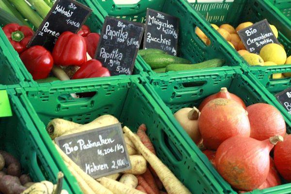 Obst und Gemüse: Pfandkisten