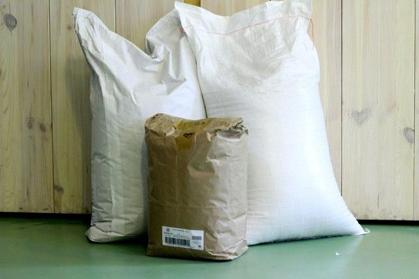 Müsli, Getreide, Ölsaaten: 15- bis 25-kg-Säcke